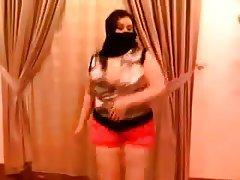 Amateur Arab BBW