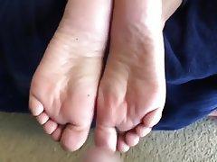 Amateur Cumshot Foot Fetish Footjob Wife