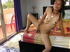 Amateur Asian Masturbation Mature MILF